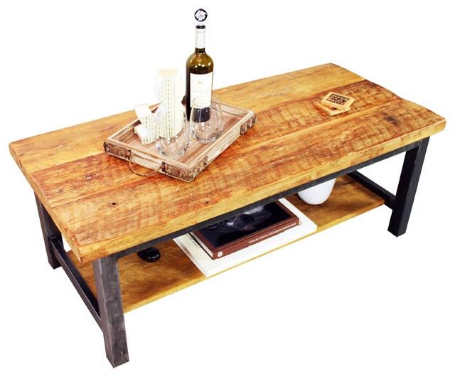 Bois ancien et meubles anciennes ou plancher ancien en vieux bois
