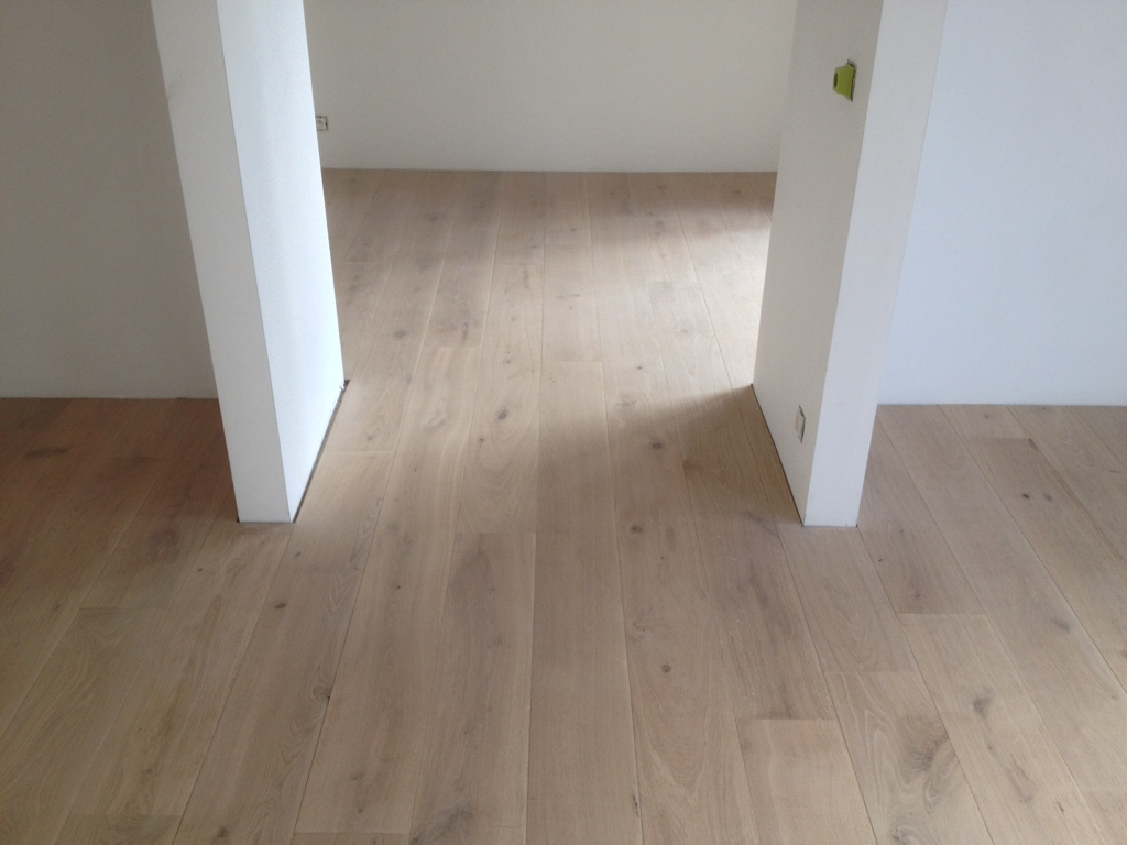 wood flooring installation in brussels belgium. Black Bedroom Furniture Sets. Home Design Ideas