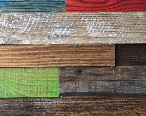 decoration bardage vieux bois couleur. Black Bedroom Furniture Sets. Home Design Ideas