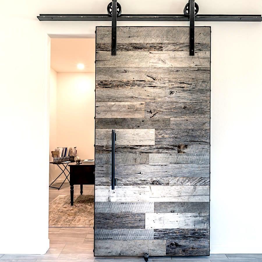 Porte Grange Coulissante Bois acheter une porte en bois ancien gris